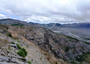 Harry's Ridge trail. Mount St. Helens